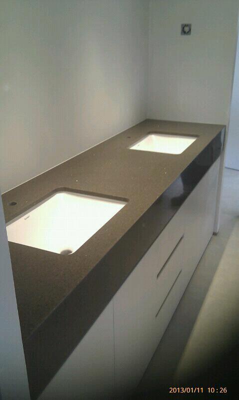Anelgodi S.L. - Fotos de encimeras cocina y baño.